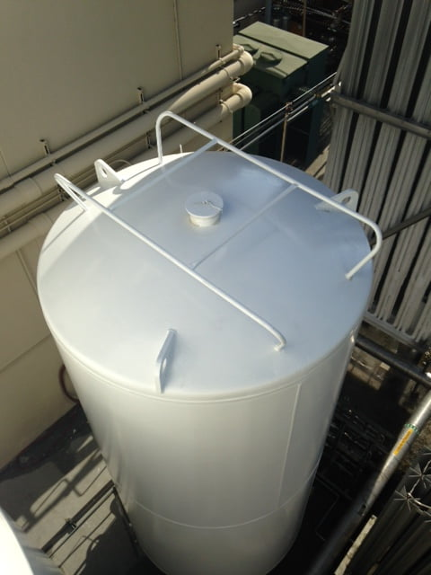 top of cryogenic tanks